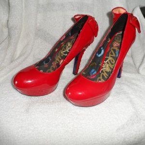 Betsyville red shiny stiletto heals size 10M